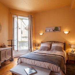 La chambre double (140 x 190) - Location de vacances - Sarlat-la-Canéda