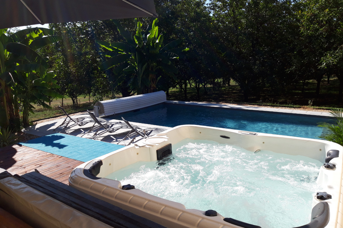 la piscine - Location de vacances - Vitrac