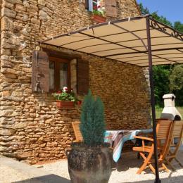 Le cantou autre vue terrasse - Location de vacances - Proissans