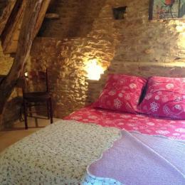 chambre 1 - Location de vacances - Proissans