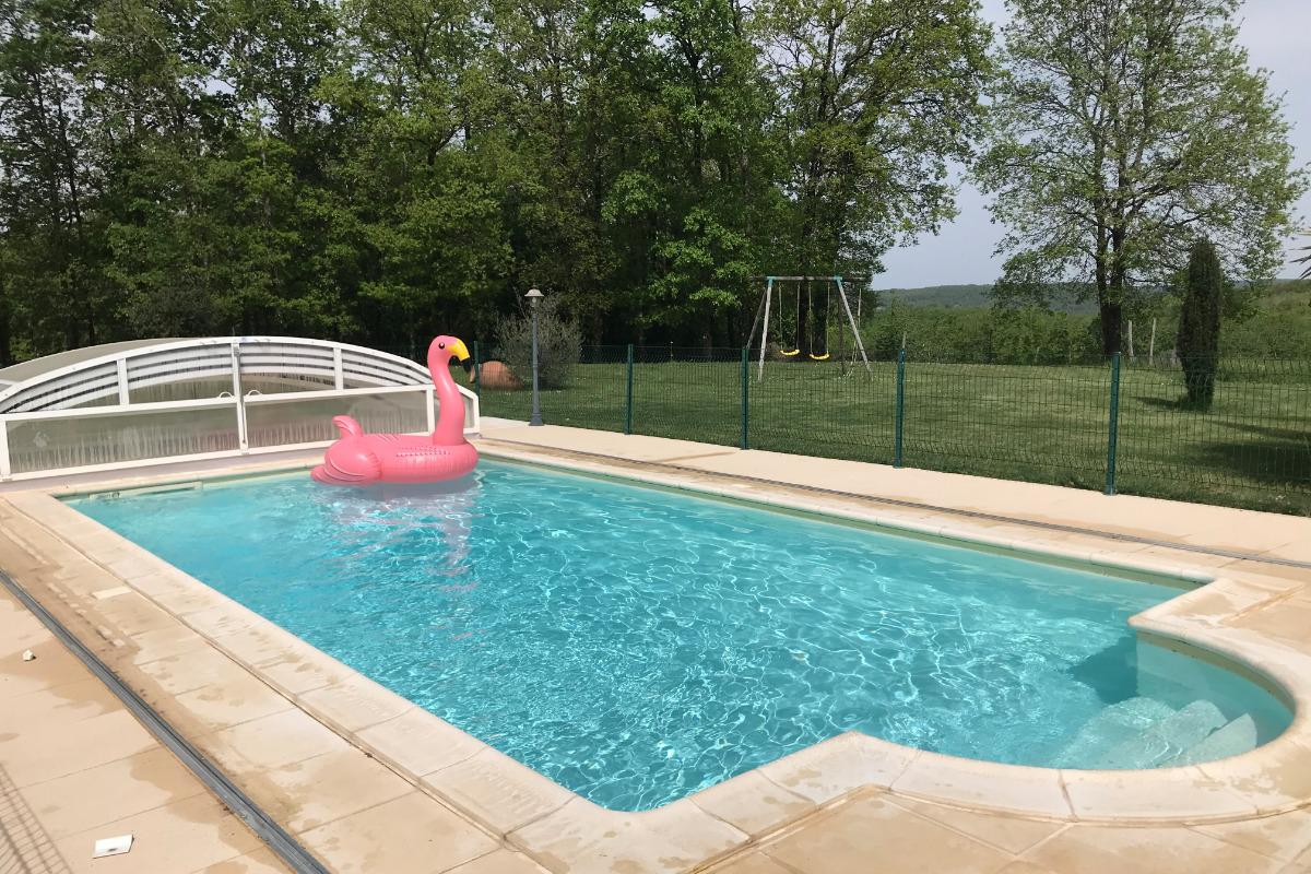 SPA de luxe 6 places, eau 37°C, massages, lumière et musique - Location de vacances - Orliaguet