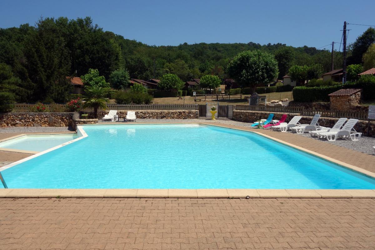 La piscine du lotissement - Location de vacances - Domme