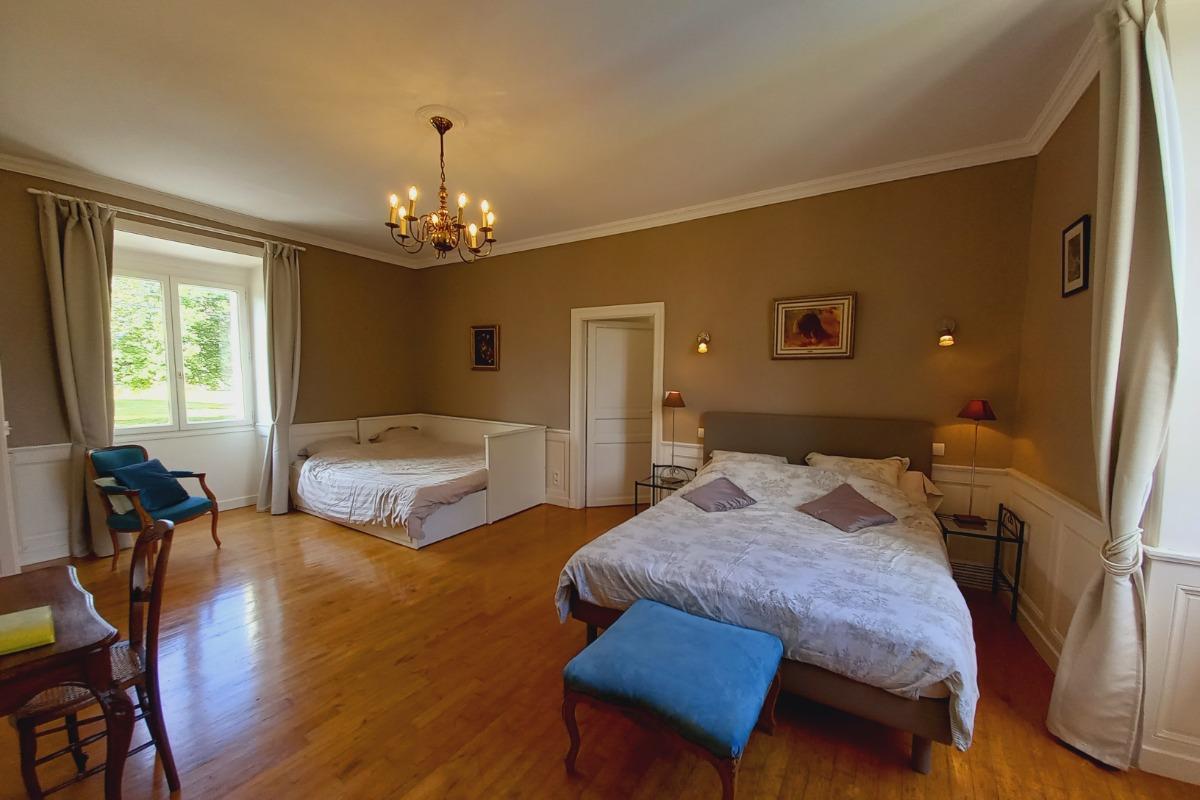 Chambre Lina - Chambre d'hôtes - Fossemagne