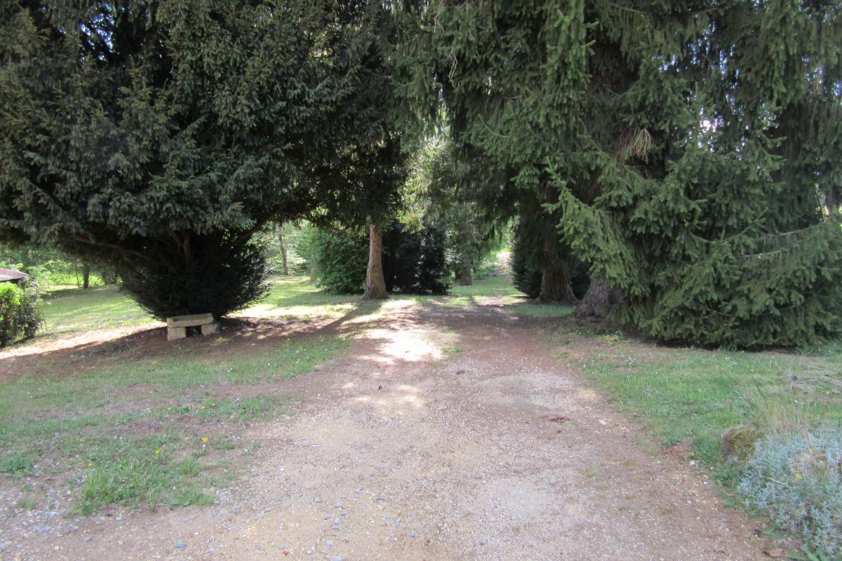 pièces à vivre coté cuisine - Location de vacances - Sarlat-la-Canéda