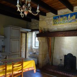 cuisine-séjour - Location de vacances - Saint-Vincent-de-Cosse