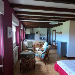 La chambre indépendante - Location de vacances - Métabief