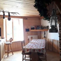La salle du petit déjeuner - Chambre d'hôtes - Mouthe