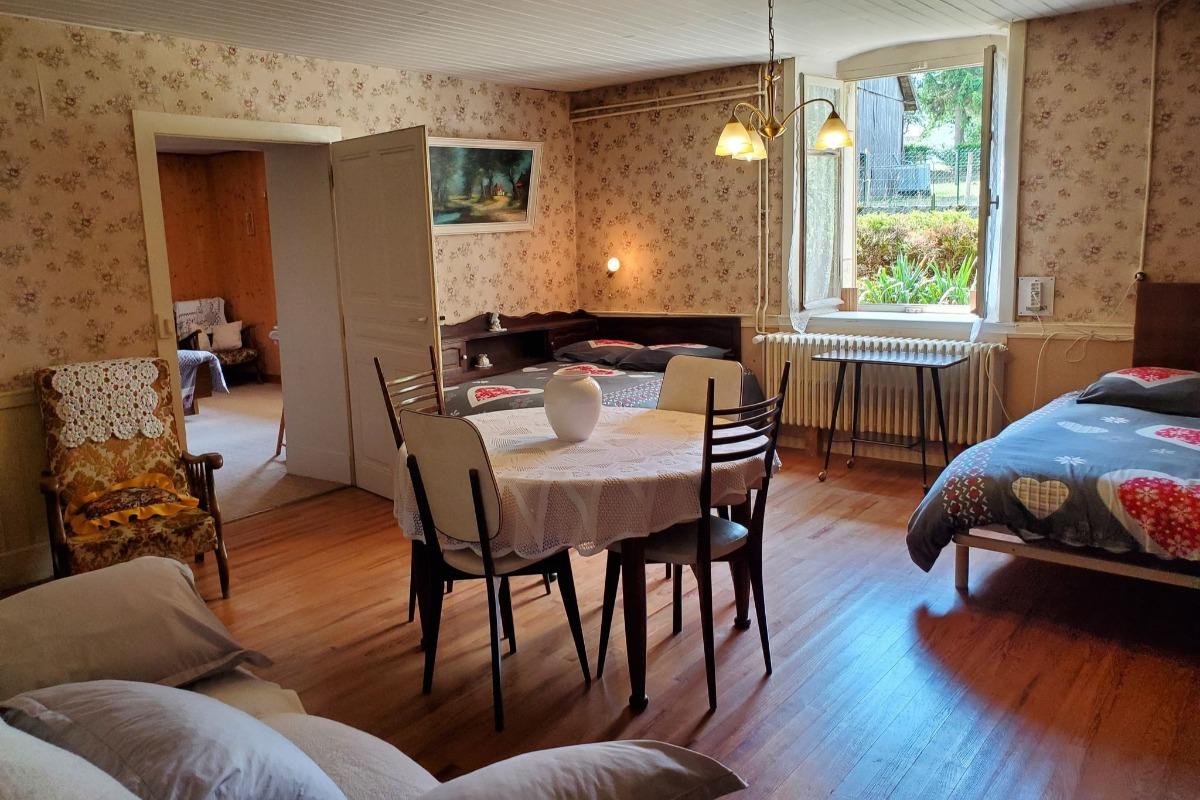 La chambre indépendante avec lit double - Location de vacances - Orsans