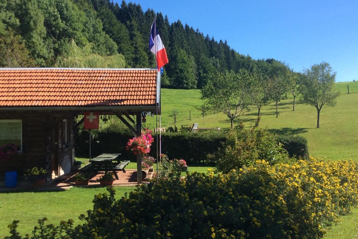 Chalet indépendant - Location de vacances - La Cluse-et-Mijoux