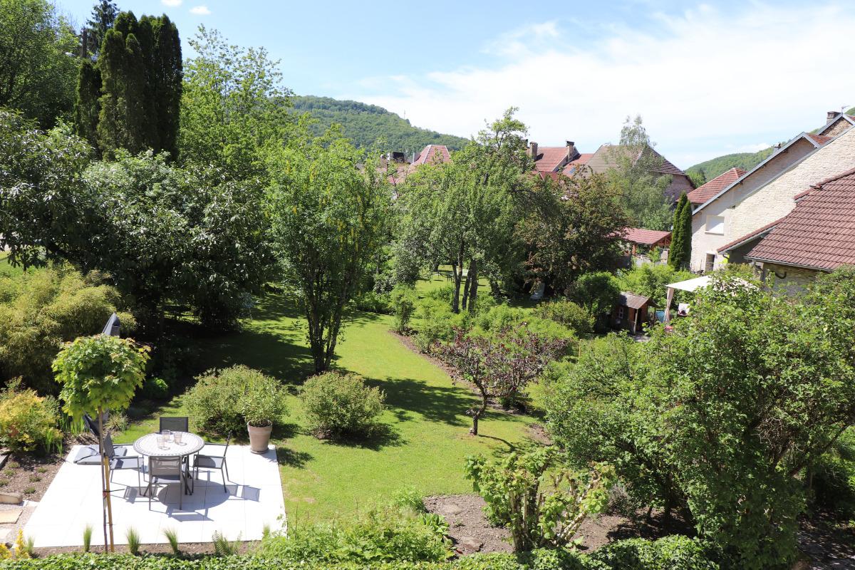 Le jardin - Location de vacances - Vuillafans