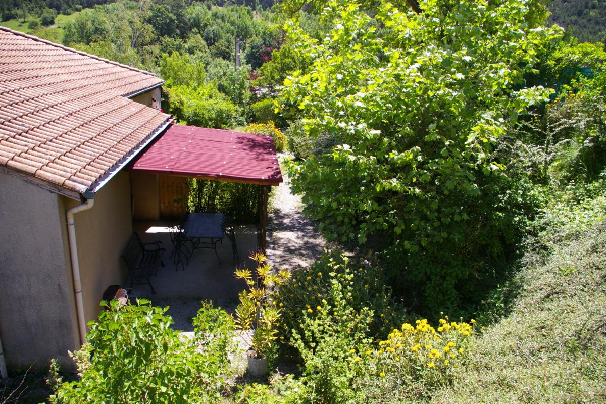 terrasse de NEVE - Location de vacances - Chamaloc