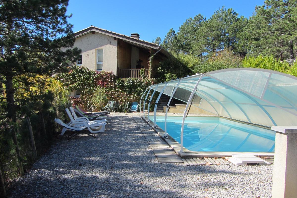 La piscine avec la maison - Location de vacances - Marignac-en-Diois