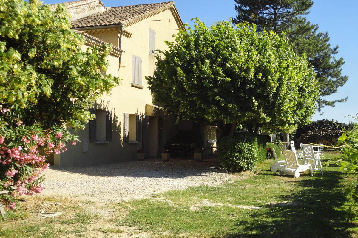 LES TILLEULS - Location de vacances - Mirabel-aux-Baronnies