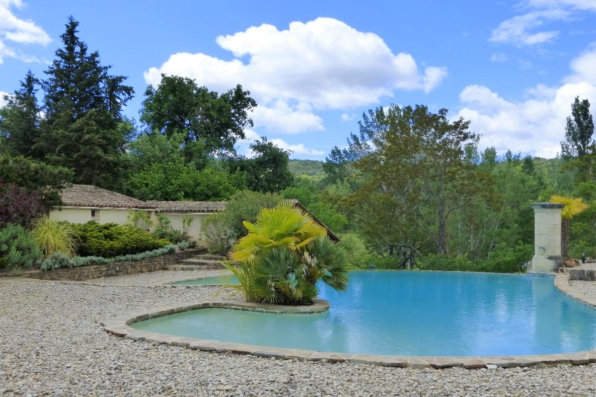G te de plain pied avec piscine chauff e commune la - Location vacances drome avec piscine ...
