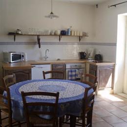Coin cuisine/salle à manger - Location de vacances - Roussas