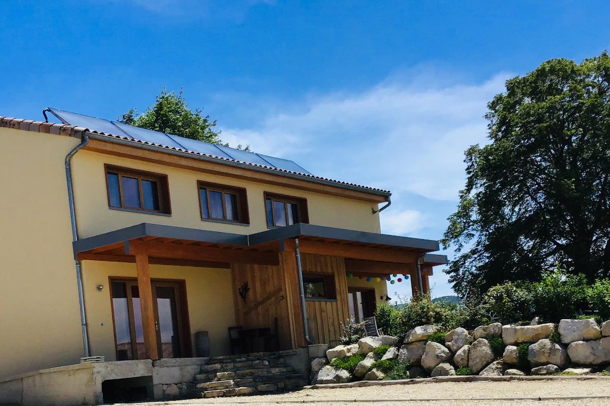 belle maison écologique - Location de vacances - Châteaudouble