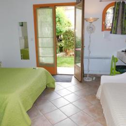 Chambre Bambou en rez de jardin - Chambre d'hôtes - Donzère