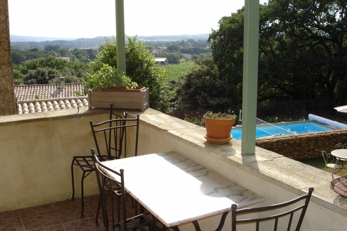 Gîte avec piscine et vue - Location de vacances - Suze-la-Rousse