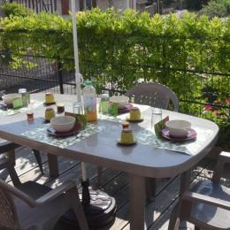 La terrasse du gîte Nympheas - Location de vacances - Vernon