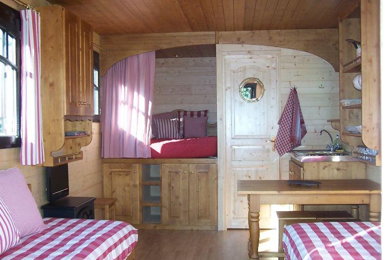 Intérieur cosy - Location de vacances - Calleville