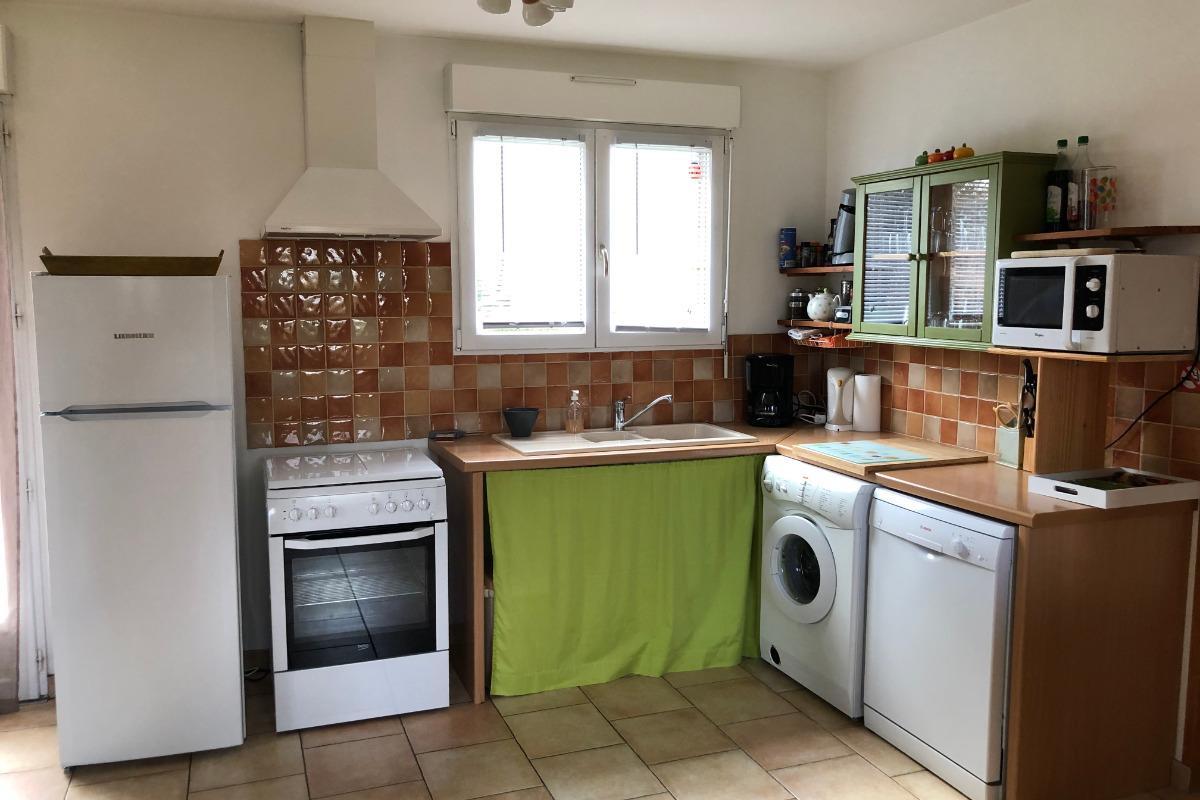 coin cuisine  - Location de vacances - Fiquefleur-Équainville