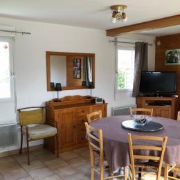 salle a manger - Location de vacances - Fiquefleur-Équainville