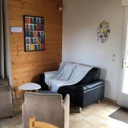 salle a manger coin salon - Location de vacances - Fiquefleur-Équainville