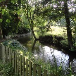 La rivière La Vesgre - Chambre d'hôtes - Boncourt