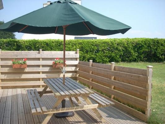 Le jardin avec le portique - Location de vacances - Ploudalmézeau