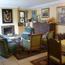 Salon / salle à manger - Location de vacances - Plonévez-Porzay