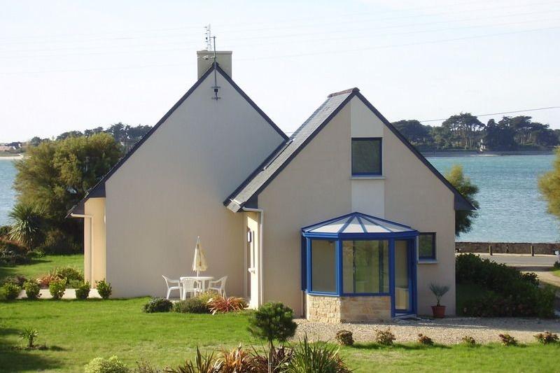 maison en premier plan avec véranda et bord de mer à 30 m - Location de vacances - Roscoff