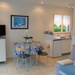 Vue sur le salon séjour - Location de vacances - Roscoff