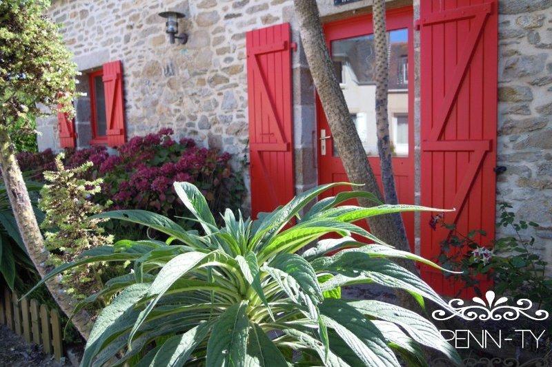 La façade de Ti Fanta - Location de vacances - Santec