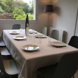 Cuisine équipée et aménagée - Location de vacances - Plonévez-Porzay