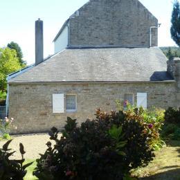 Maison de plain-pied avec jardin paysagé - Location de vacances - Locronan