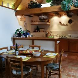 Côté cuisine - Location de vacances - Plougonven