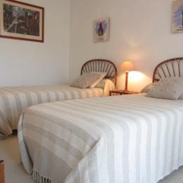 chambre 2 lits 1 personne - Location de vacances - Bénodet