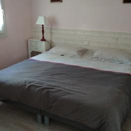 salon séjour avec accès à la véranda - Location de vacances - Pont-Aven