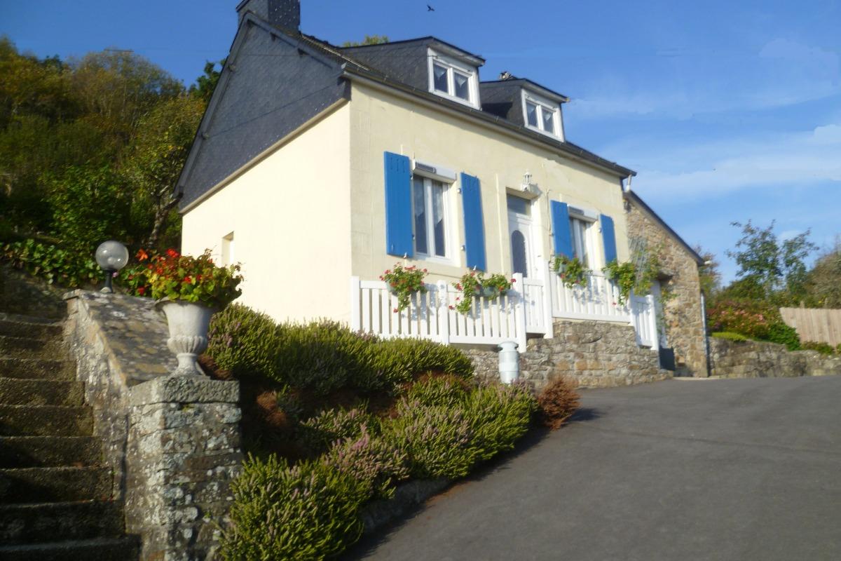 maison avec vue imprenable sur la ville de Chateaulin - Location de vacances - Châteaulin