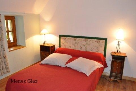 Menez Glaz - Grande chambre double avec salle d'eau indépendante  - Chambre d'hôtes - Hanvec