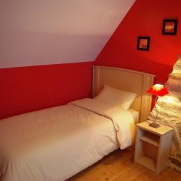 chambre à 2 lits - Location de vacances - Plomeur