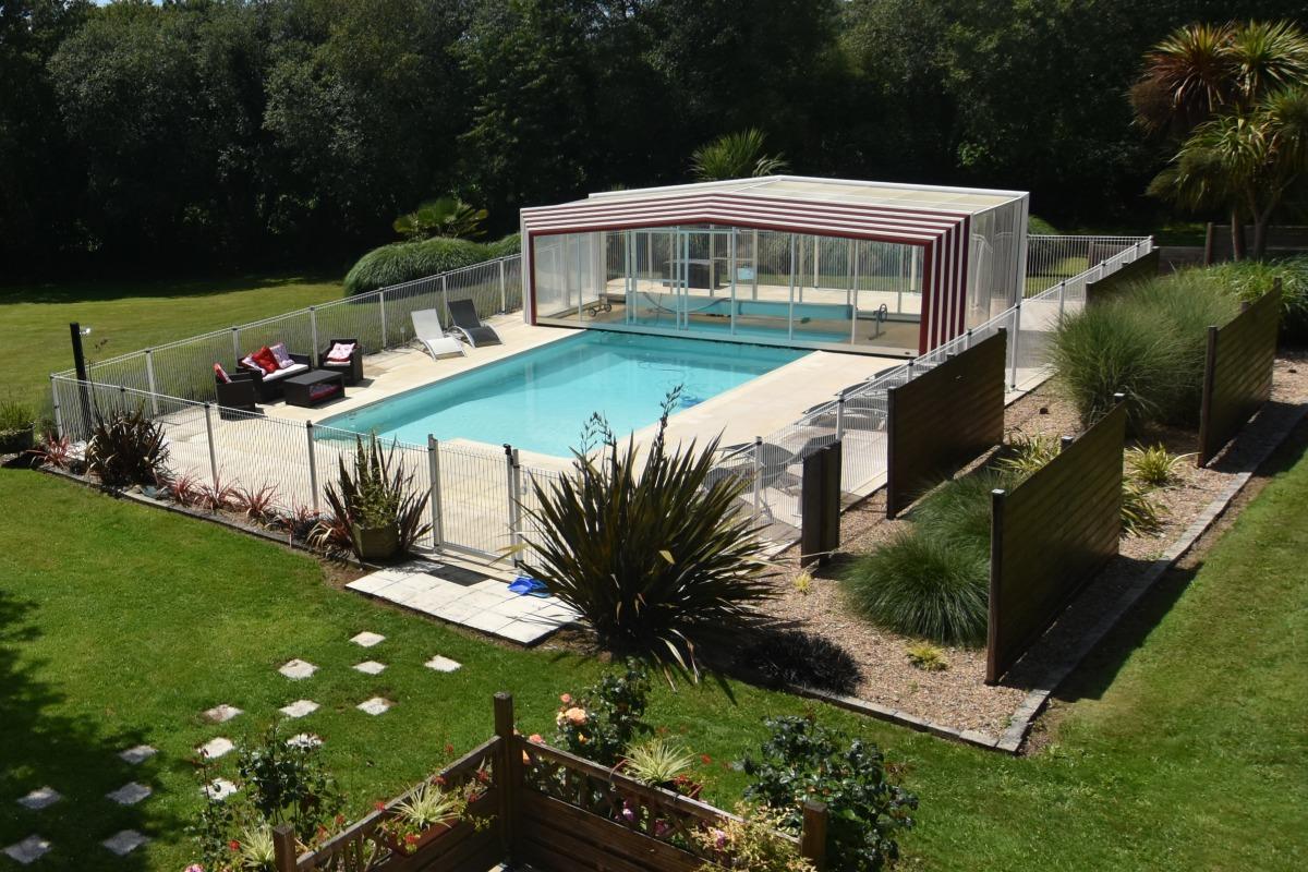 piscine ouverte sécurisée - Location de vacances - Saint-Thois