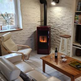 table et vaisselle - Location de vacances - Saint-Thois
