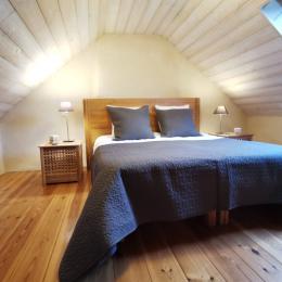 Chambre avec lit 160 - Location de vacances - Saint-Pol-de-Léon