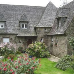 Extérieur de la maison - Chambre d'hôtes - Saint-Urbain