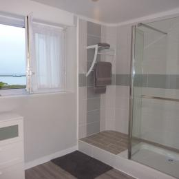salle de bain chambre océane - Chambre d'hôtes - Audierne