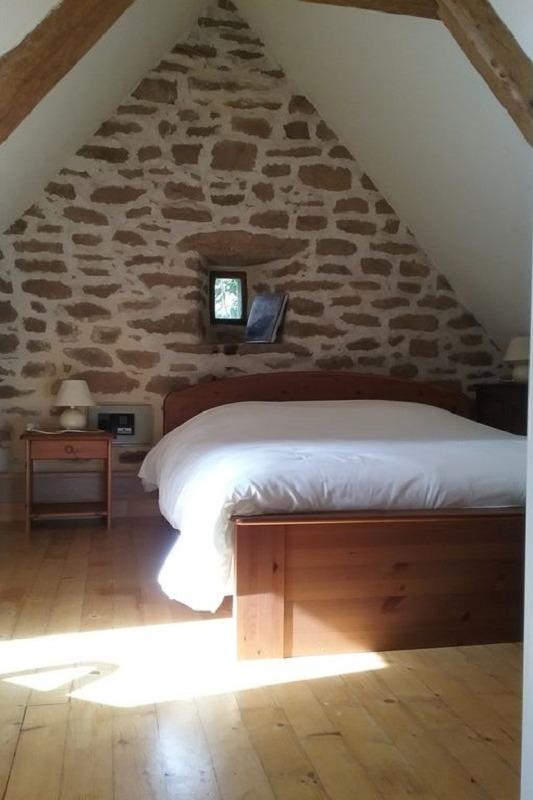 Etage: chambre avec lit 140 - Location de vacances - Plouhinec