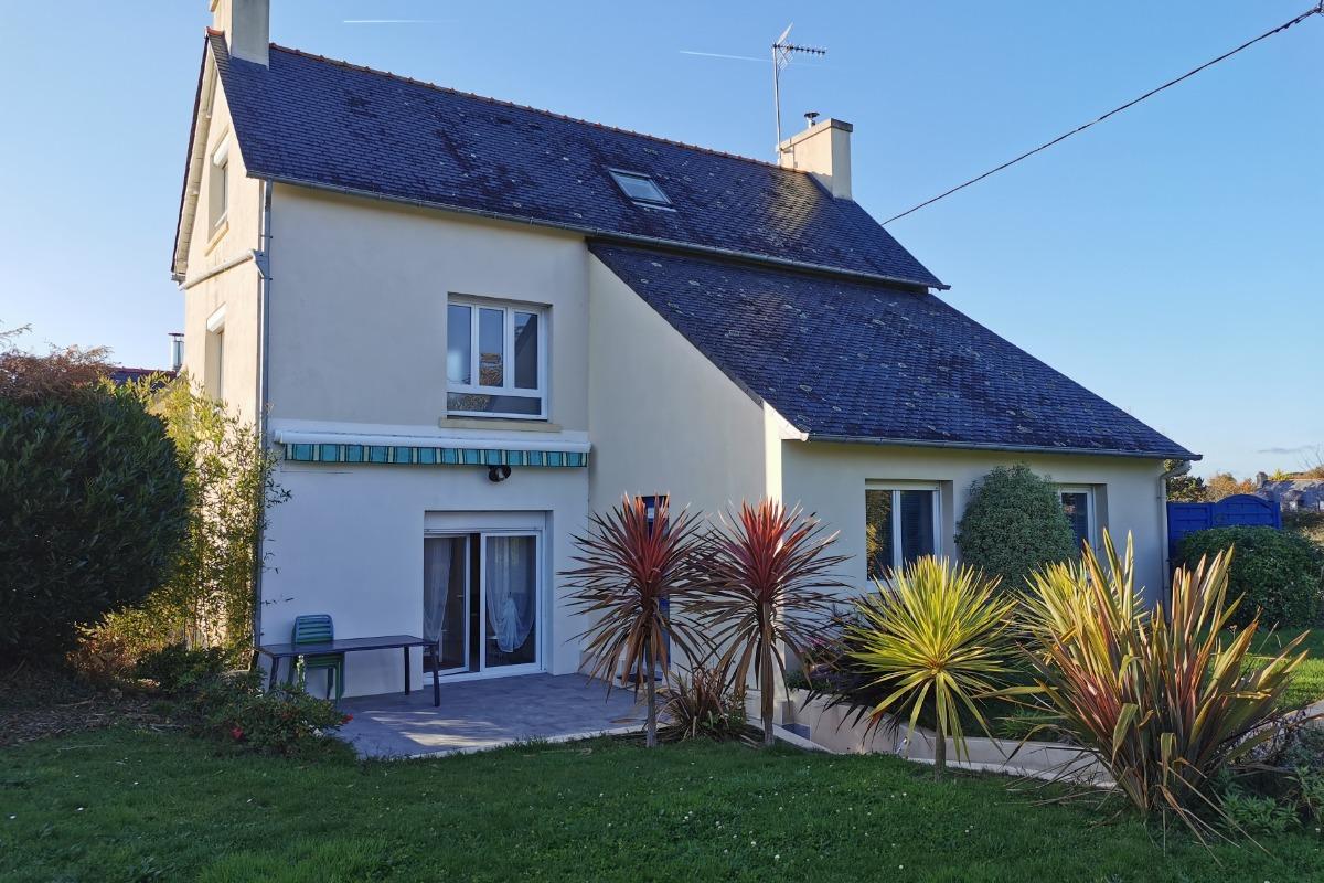 terrasse exposée devant la maison sans vis à vis - Location de vacances - Fouesnant
