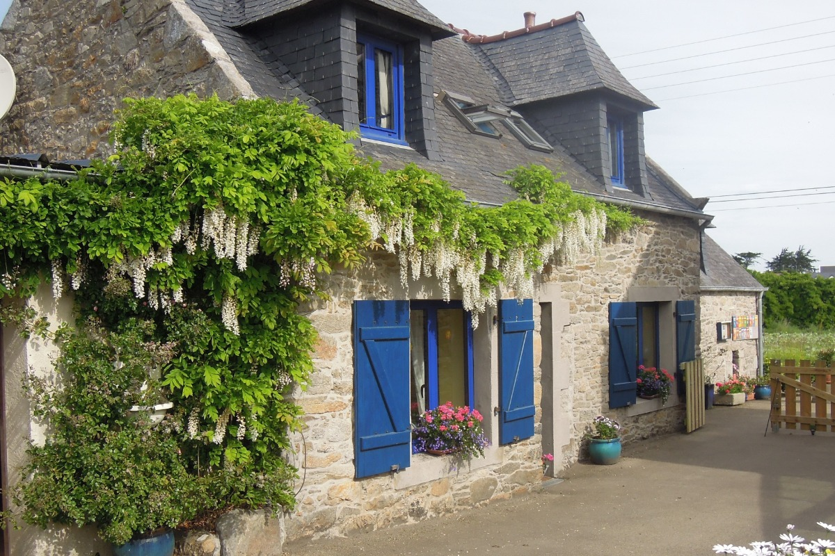 Ancienne maison de pêcheur à 250 m de la plage et du GR 34 classé ...