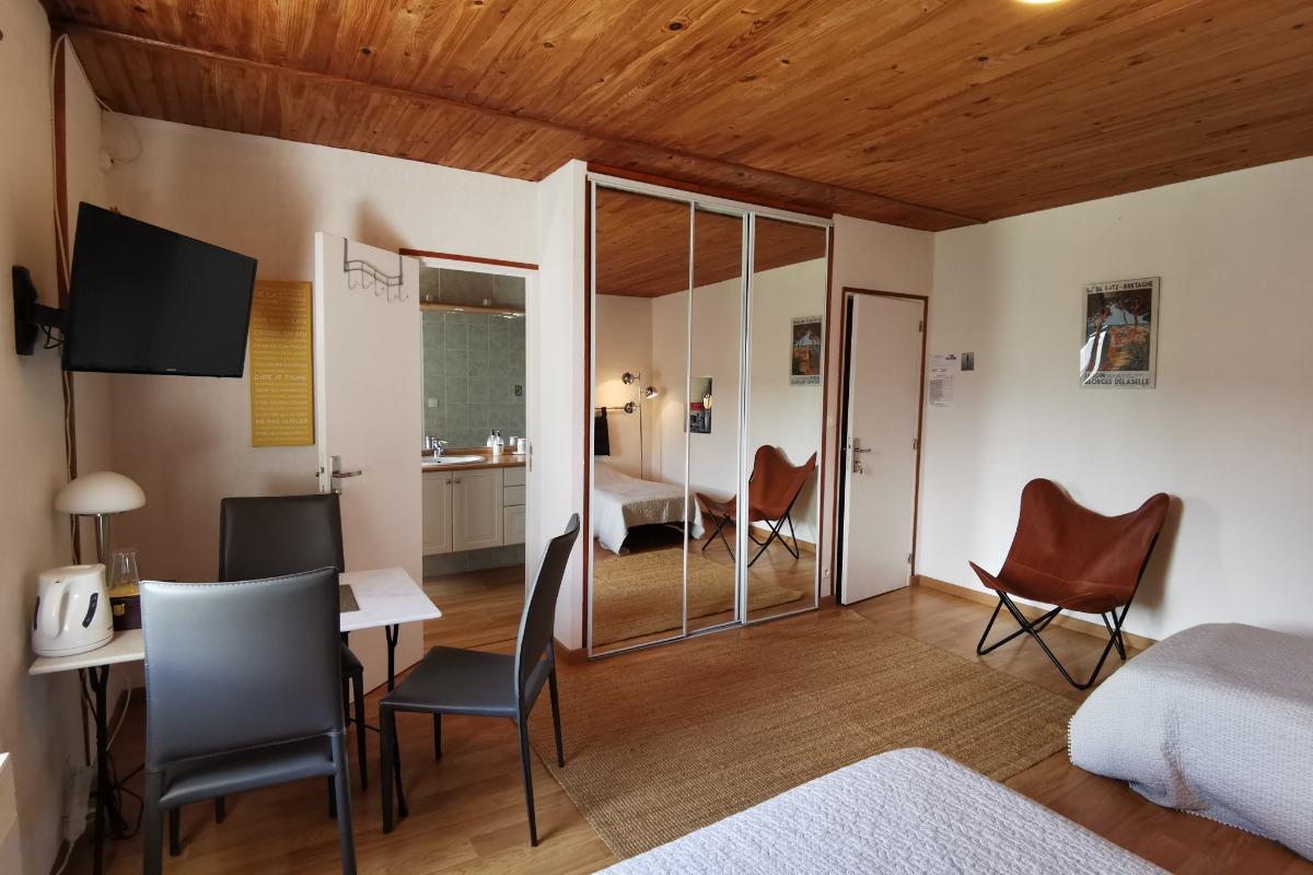 Entrées chambres et cuisinette - Chambre d'hôtes - Cléder